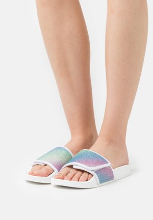 WIDE FIT FLORENCE - Pantofle - pastel glitter