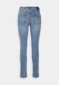 ONLY Tall - ONLERICA LIFE - Jeans straight leg - light blue denim - 1