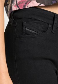 Diesel - SLANDY - Jeans Skinny Fit - black denim - 4