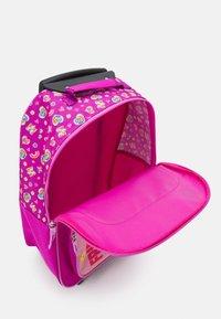Fabrizio - PAW PATROL KIDS TROLLEY UNISEX - Wheeled suitcase - rose - 2