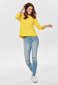 ONLY - Sweatshirt - yellow - 1