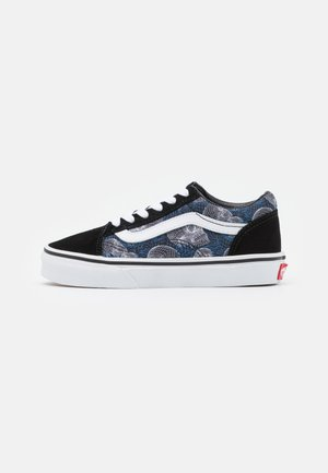 UY OLD SKOOL - Zapatillas - black/white
