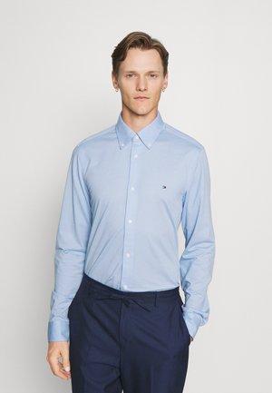 SLIM SOLID SHIRT - Polo shirt - breezy blue