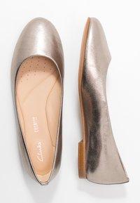 Clarks - GRACE PIPER - Ballet pumps - stone - 3