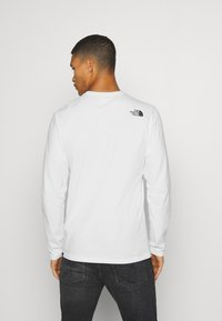 The North Face - FINE TEE  - Long sleeved top - white/ black - 2