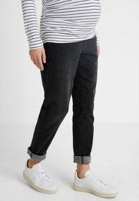 Forever Fit - MOM  - Slim fit jeans - washed black - 0