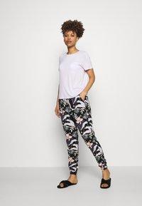 Roxy - EASYPEASY - Pantaloni del pigiama - anthracite praslin - 1