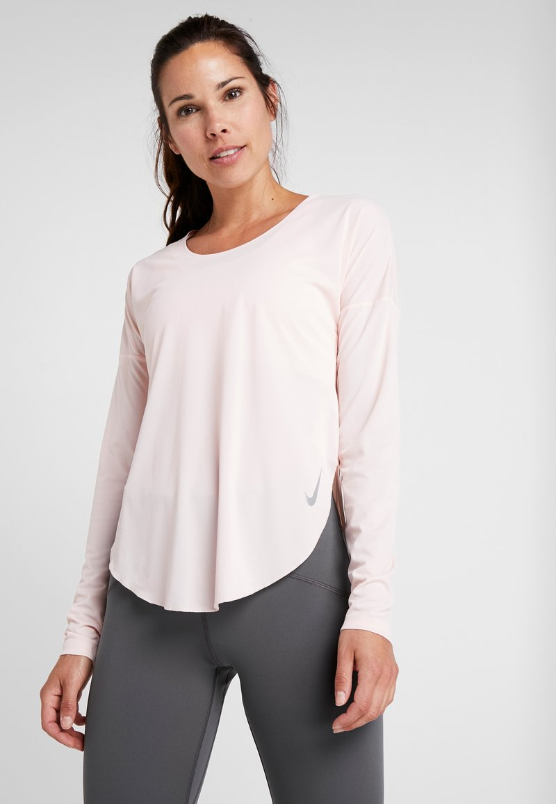 Nike Performance - CITY SLEEK - Funktionsshirt - echo pink/reflective silver