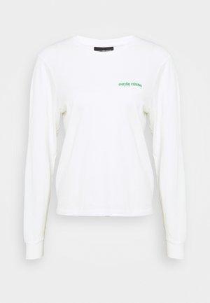 ARTWORK TEE LONG SLEEVE - Langarmshirt - off white
