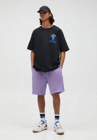 PULL&BEAR - Shorts - purple - 1