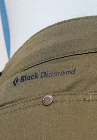 Black Diamond - RADHA PANTS - Kangashousut - olive - 6