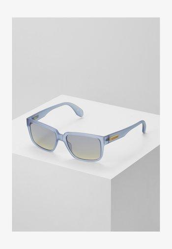 Gafas de sol - matte blue/gradient smoke