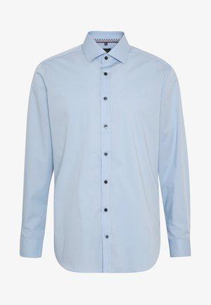 OLYMP LEVEL 5 BODY FIT  - Formální košile - hellblau
