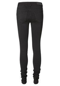 Vero Moda - Slim fit jeans - black - 3