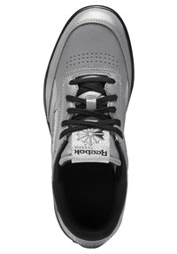 Reebok Classic - CLUB C DOUBLE - Trainers - silver - 1