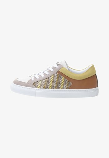 GABRIELLE - Trainers - brown