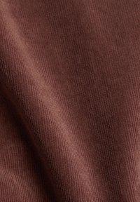 Esprit - Trousers - dark mauve - 6