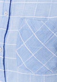 Springfield - APUESTA CAMISA LIGERA - Bluser - medium blue - 2