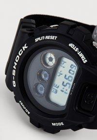 G-SHOCK - X PLACES FACES - Digital watch - black - 6