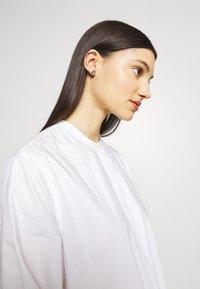 Furla - NEW STUD EARRING - Náušnice - gold-coloured - 1