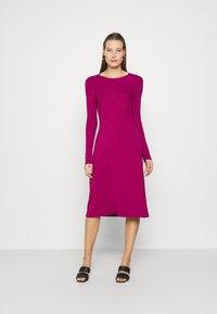 Who What Wear - PANEL DRESS - Jumper dress - magenta - 0