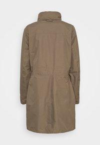 Vaude - WOMEN'S KAPSIKI COAT - Hardshell jacket - coconut uni - 1