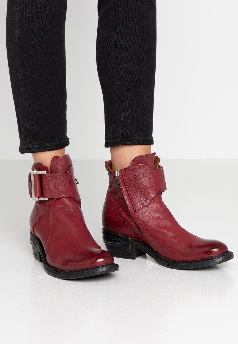 A.S.98 - Cowboy/biker ankle boot - cardinal
