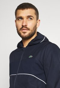 Lacoste Sport - TRACK SUIT SET - Trainingsvest - navy blue/white - 5