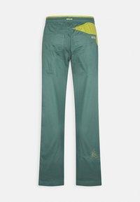 La Sportiva - BOLT PANT  - Outdoor trousers - pine/kiwi - 1