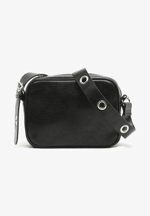 DOMINI - Across body bag - black