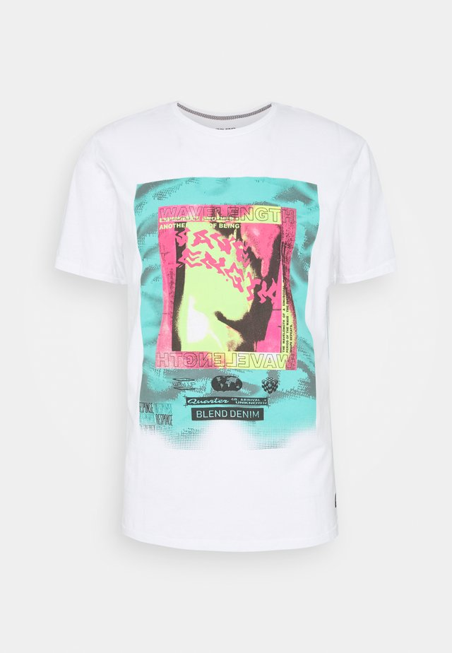 TEE - T-Shirt print - bright white