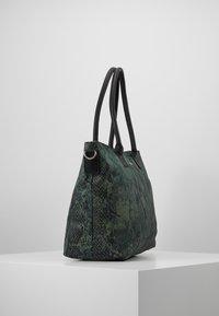 Codello - SNAKE PRINT SHOPPER - Tote bag - bottle green - 3