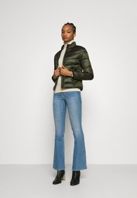 Calvin Klein Jeans - SHINY JACKET - Kurtka zimowa - deep depths - 1