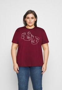 Even&Odd Curvy - Print T-shirt - bordeaux - 0