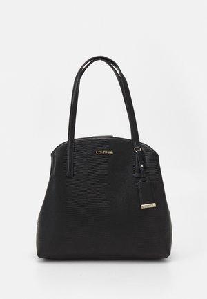 MUST SHOULDER BAG LIZARD - Håndveske - black