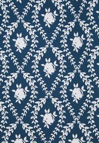 Glamorous Curve - PLEATED RUFFLE MINI DRESSES  - Robe d'été - navy/white - 2