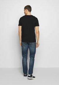 Burton Menswear London - 2 PACK  - Basic T-shirt - grey melange - 3