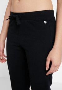 Deha - PANTALONE IN FELPA - Pantalon de survêtement - black - 6
