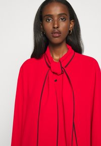 Mulberry - OTTILIE BLOUSE - Button-down blouse - bright red - 8