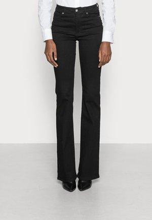 ONLWAUW LIFE FLARE - Flared Jeans - black denim
