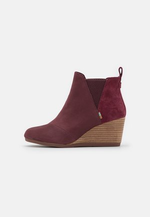 KELSEY - Wedge Ankle Boots - burgundy