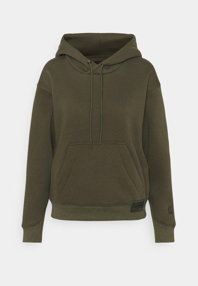 PREMIUM CORE HOODED - Bluza z kapturem - khaki