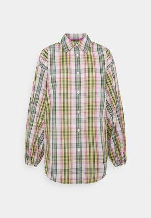 SHIRT - Button-down blouse - pink