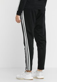 adidas Performance - ESSENTIALS 3STRIPES SPORT TRACKSUIT - Tracksuit - black/white - 4