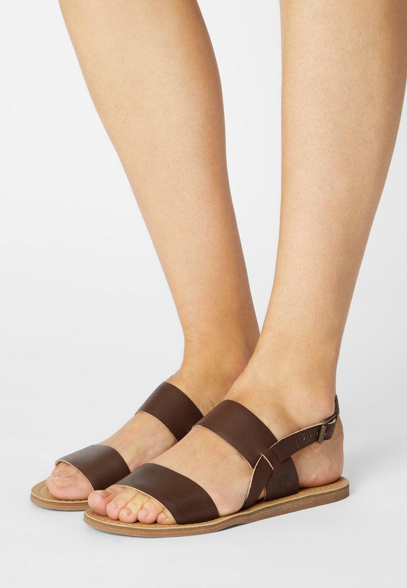 Timberland - CAROLISTA - Sandály - dark brown