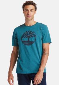 Timberland - T-shirt imprimé - atlantic deep - 0