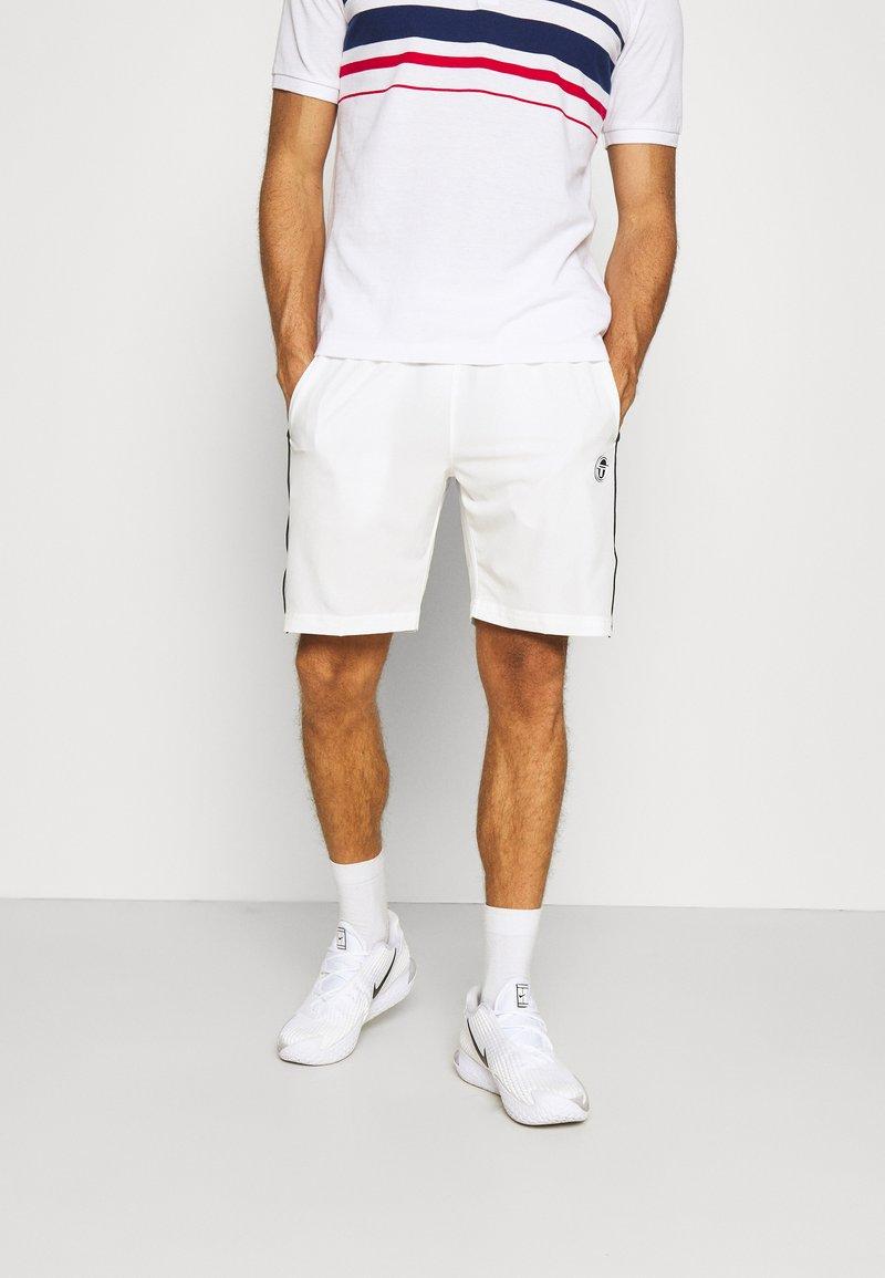 Sergio Tacchini - TENNIS YOUNGLINE SHORTS - Sports shorts - blanc de blanc/night sky