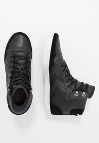 Hummel - STADIL WINTER - Zapatillas altas - black