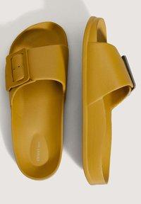 OYSHO - Slippers - mustard yellow - 2