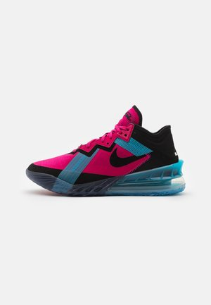 LEBRON XVIII LOW - Basketball shoes - fireberry/black/light blue fury